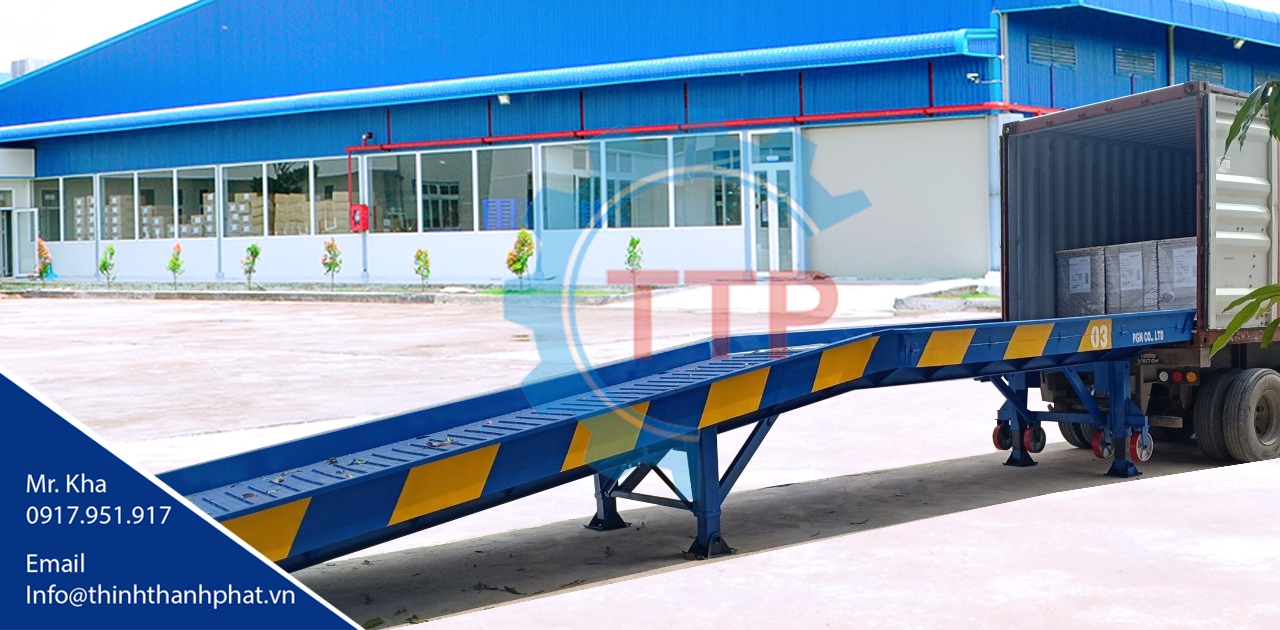 Cầu cho xe nâng rút hàng từ container
