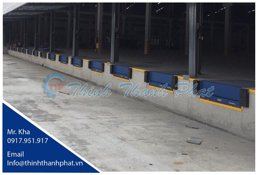 Sàn nâng thủy lực nhập khẩu - DOORHAN Dock Leveler